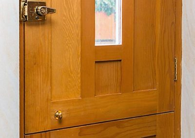 01-Newbould-back-door-inside-bespoke